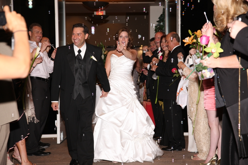 Las Vegas Real Weddings: Elizabeth & Gerard
